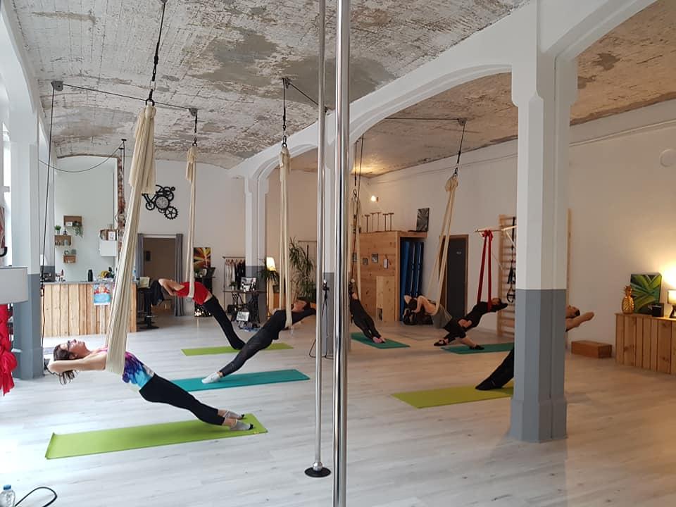 Yoga aerien cours 2